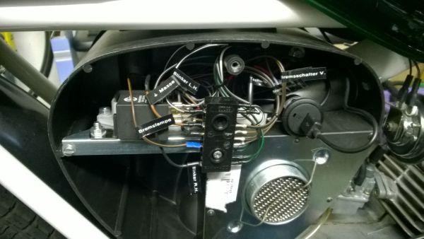 Bremslicht vorne+hinten, Ladebuchse mit 1A, H4 und Vape